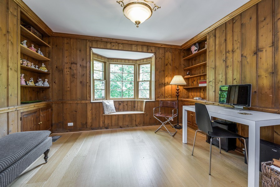 Real Estate Photography - 9420 Hamlin Ave., Evanston, IL, 60203 - Office