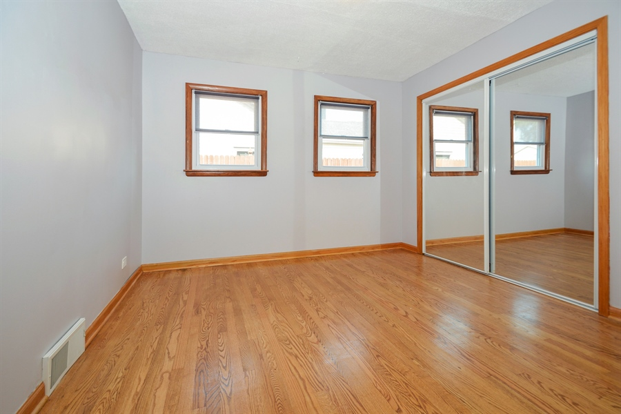 Real Estate Photography - 7727 Laramie, Burbank, IL, 60459 - Master Bedroom
