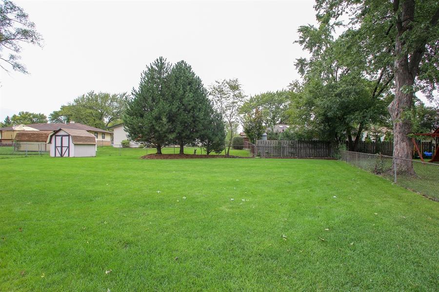 Real Estate Photography - 743 Delphia Ave, Elk Grove Village, IL, 60007 - Back Yard