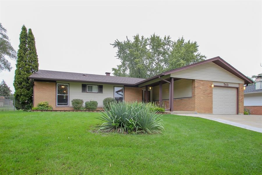 Real Estate Photography - 743 Delphia Ave, Elk Grove Village, IL, 60007 - Front View