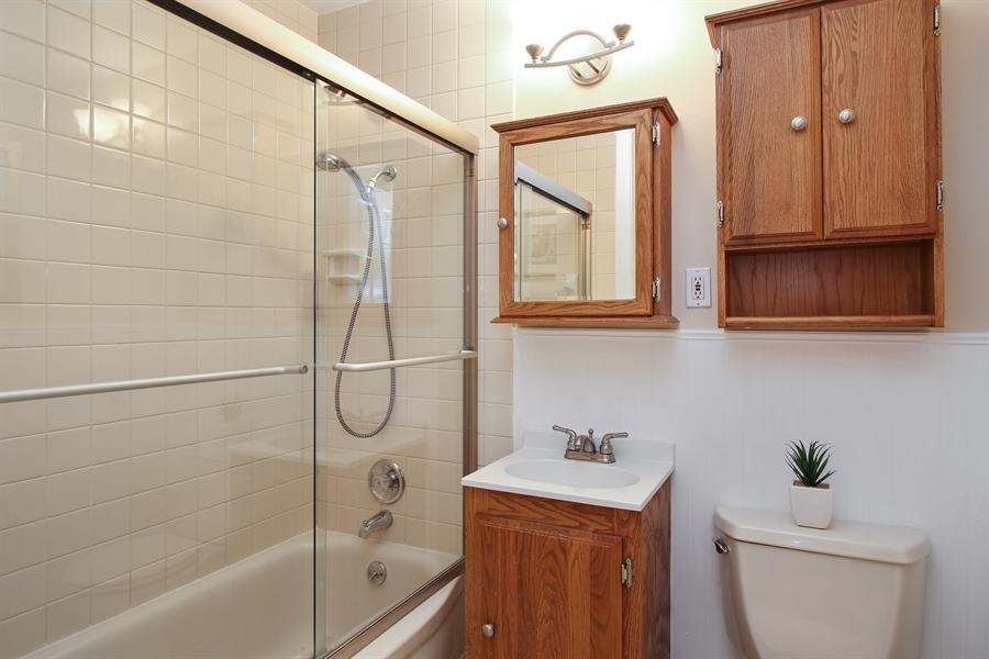 Real Estate Photography - 743 Delphia Ave, Elk Grove Village, IL, 60007 - Bathroom