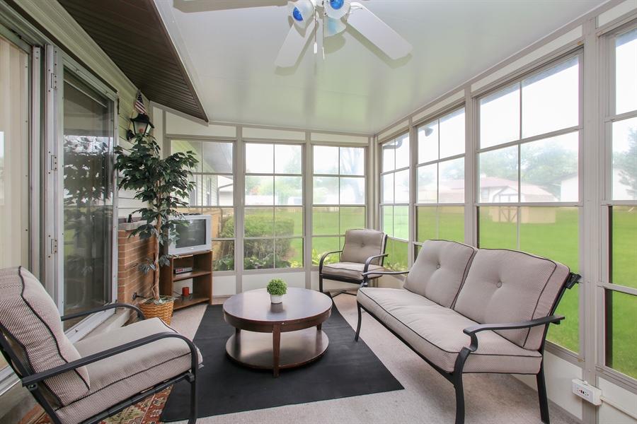 Real Estate Photography - 743 Delphia Ave, Elk Grove Village, IL, 60007 - Sun Room
