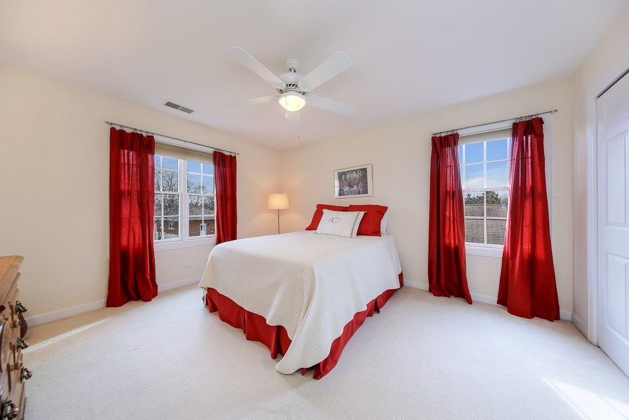 Real Estate Photography - 1529 Robinhood, LaGrange Park, IL, 60526 - 3rd Bedroom