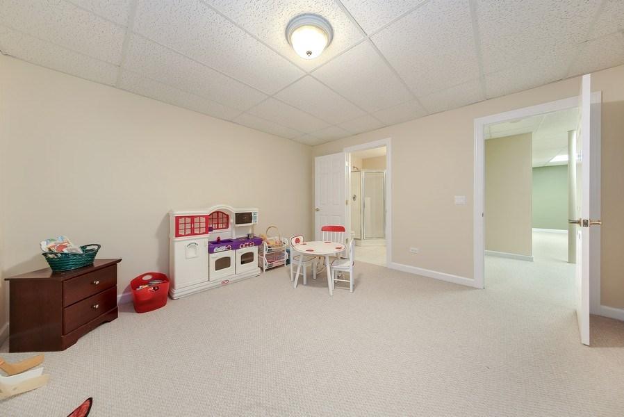 Real Estate Photography - 1529 Robinhood, LaGrange Park, IL, 60526 - Bedroom