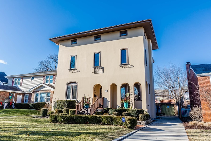 Real Estate Photography - 614 S Ashland Ave, La Grange, IL, 60525 -
