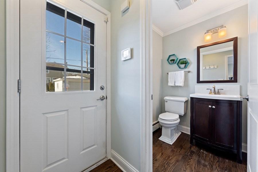 Real Estate Photography - 740 N. Stone Ave, La Grange Park, IL, 60526 - Powder Room