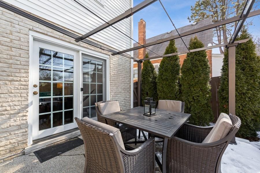 Real Estate Photography - 740 N. Stone Ave, La Grange Park, IL, 60526 - Patio