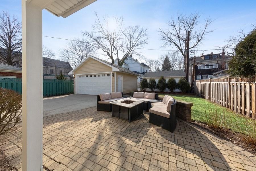 Real Estate Photography - 136 S Catherine Ave, La Grange, IL, 60525 - Patio