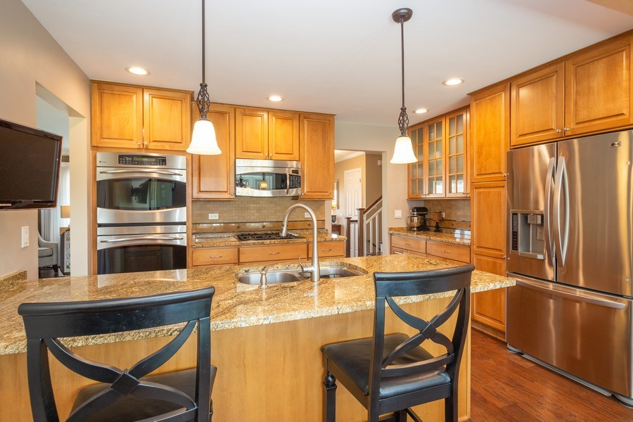 Real Estate Photography - 403 E. Ivy Lane, Arlington Heights, IL, 60004 - Kitchen