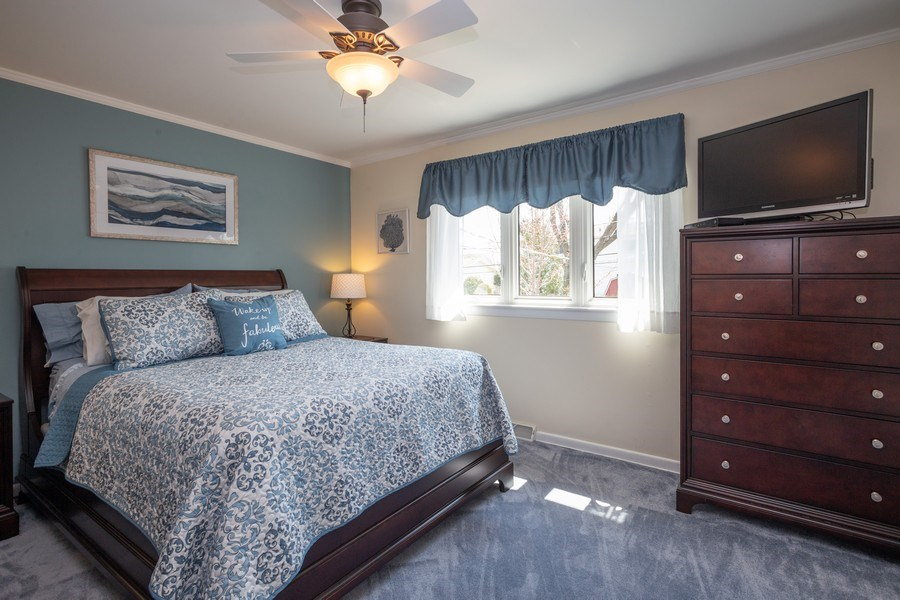 Real Estate Photography - 403 E. Ivy Lane, Arlington Heights, IL, 60004 - Master Bedroom