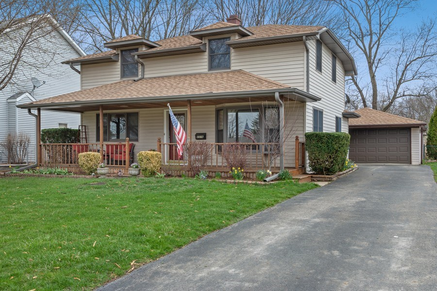 Real Estate Photography - 2316 Bluebird Lane, Rolling Meadows, IL, 60008 - Front View