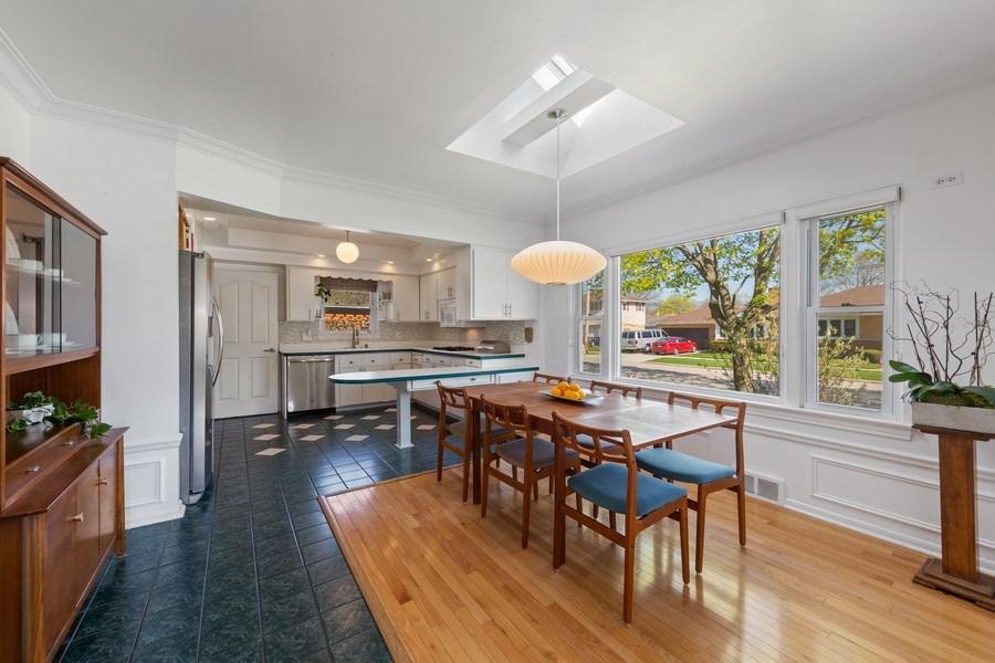 Real Estate Photography - 1144 Community Dr, La Grange Park, IL, 60526 - Kitchen / Breakfast Room