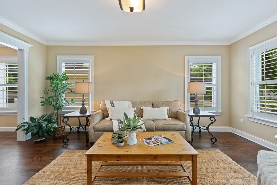 Real Estate Photography - 605 N Kensington Ave, La Grange Park, IL, 60526 - Living Room