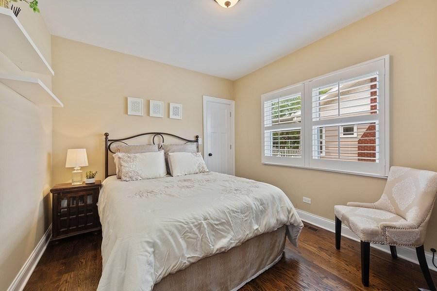 Real Estate Photography - 605 N Kensington Ave, La Grange Park, IL, 60526 - Bedroom