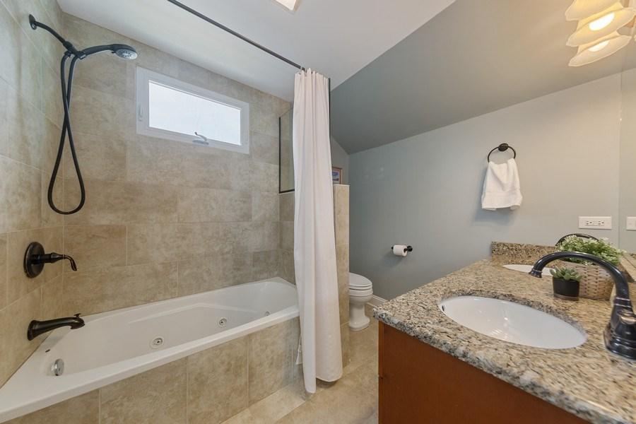 Real Estate Photography - 605 N Kensington Ave, La Grange Park, IL, 60526 - 2nd Bathroom