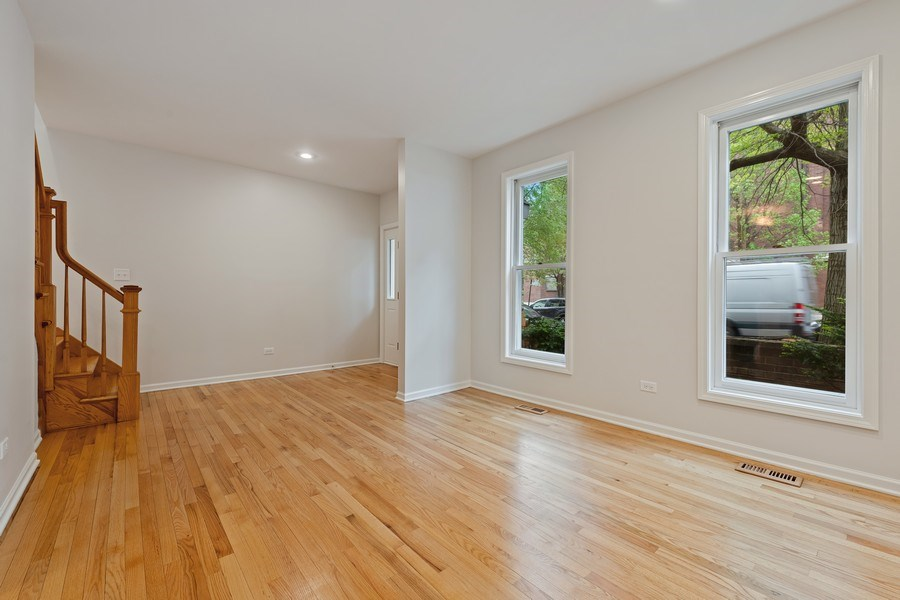 Real Estate Photography - 1652 N. Cleveland Ave., Chicago, IL, 60614 - Living Room