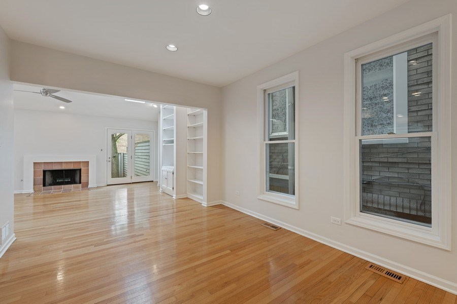 Real Estate Photography - 1652 N. Cleveland Ave., Chicago, IL, 60614 - Dining Room