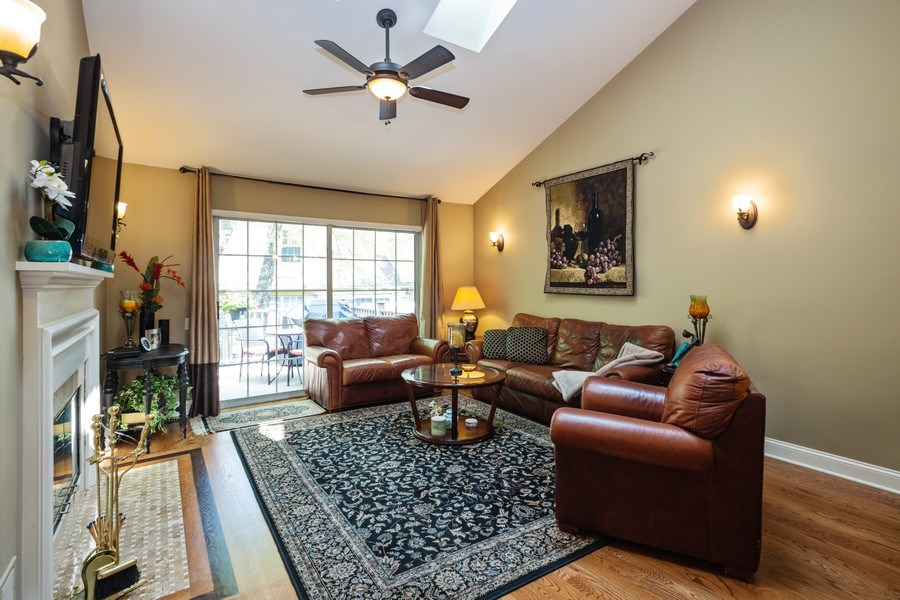 Real Estate Photography - 235 Lorraine Circle, Bloomingdale, IL, 60108 - Living Room