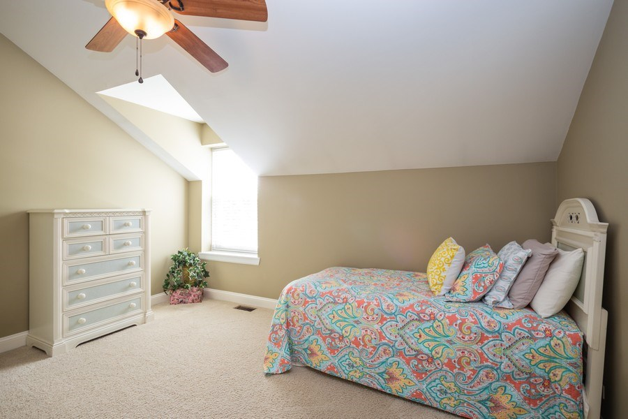 Real Estate Photography - 235 Lorraine Circle, Bloomingdale, IL, 60108 - 2nd Bedroom