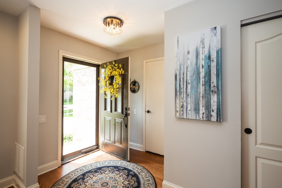 Real Estate Photography - 235 Lorraine Circle, Bloomingdale, IL, 60108 - Foyer