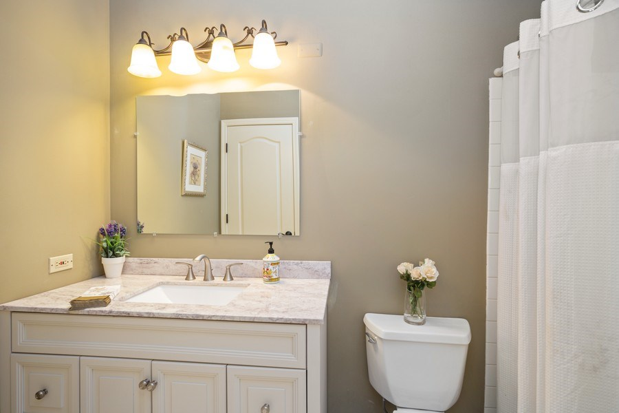 Real Estate Photography - 235 Lorraine Circle, Bloomingdale, IL, 60108 - Bathroom