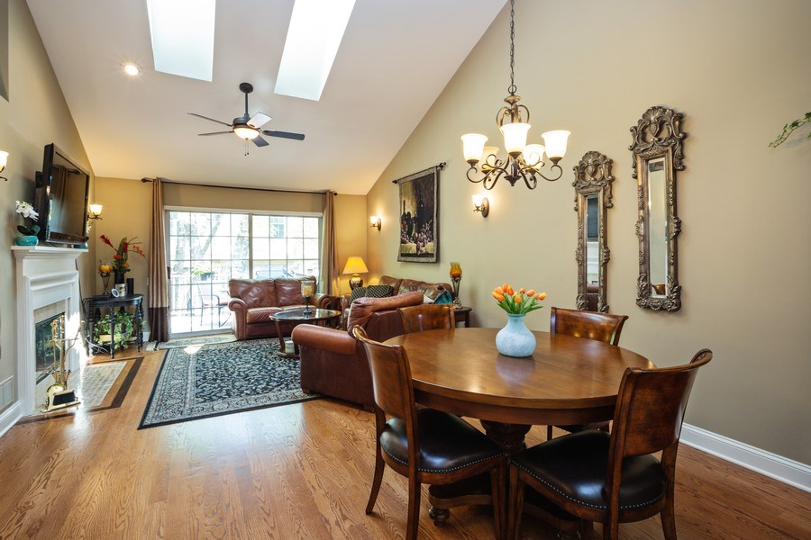 Real Estate Photography - 235 Lorraine Circle, Bloomingdale, IL, 60108 - Living Room / Dining Room