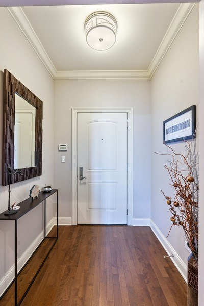 Real Estate Photography - 2811 N Bell, Unit 406, Chicago, IL, 60618 - Foyer