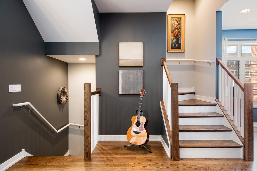 Real Estate Photography - 318 Pennsylvania Way, Oak Park, IL, 60302 - Staircase