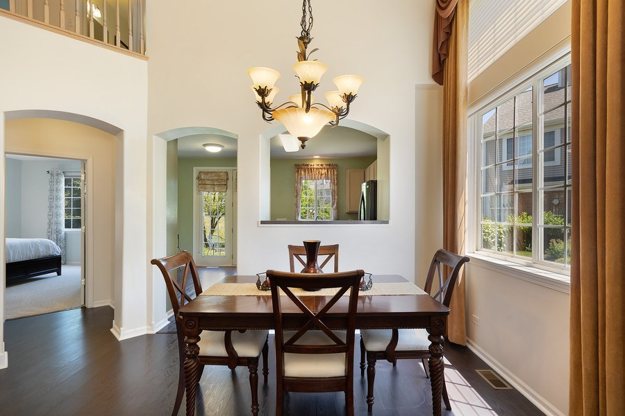 Real Estate Photography - 2588 Camberley Cir, Westchester, IL, 60154 - Dining Room