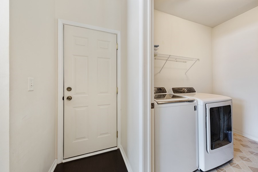 Real Estate Photography - 2588 Camberley Cir, Westchester, IL, 60154 - Laundry Room