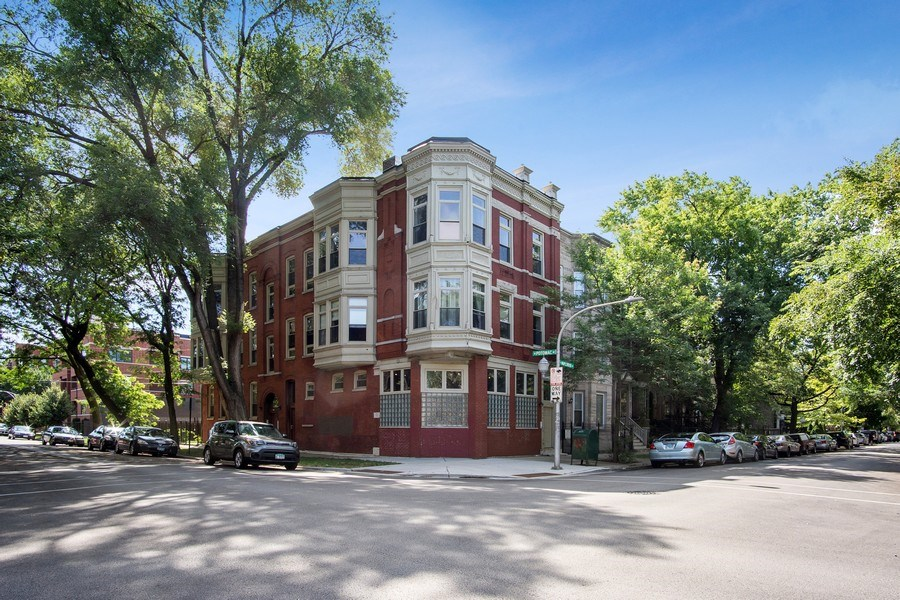 Real Estate Photography - 1257 N Maplewood, Unit 1W, Chicago, IL, 60622 - Front View