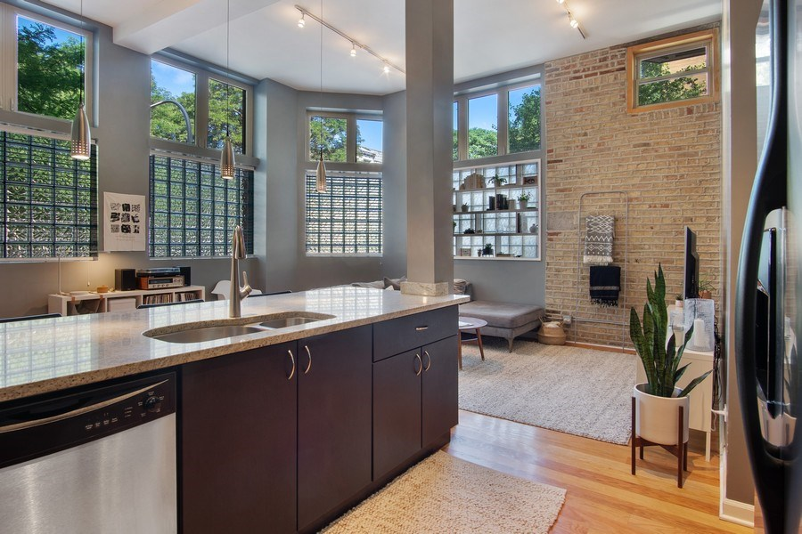 Real Estate Photography - 1257 N Maplewood, Unit 1W, Chicago, IL, 60622 - Kitchen/Living