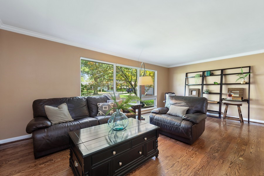 Real Estate Photography - 5124 Ellington, Western Springs, IL, 60558 - Living Room