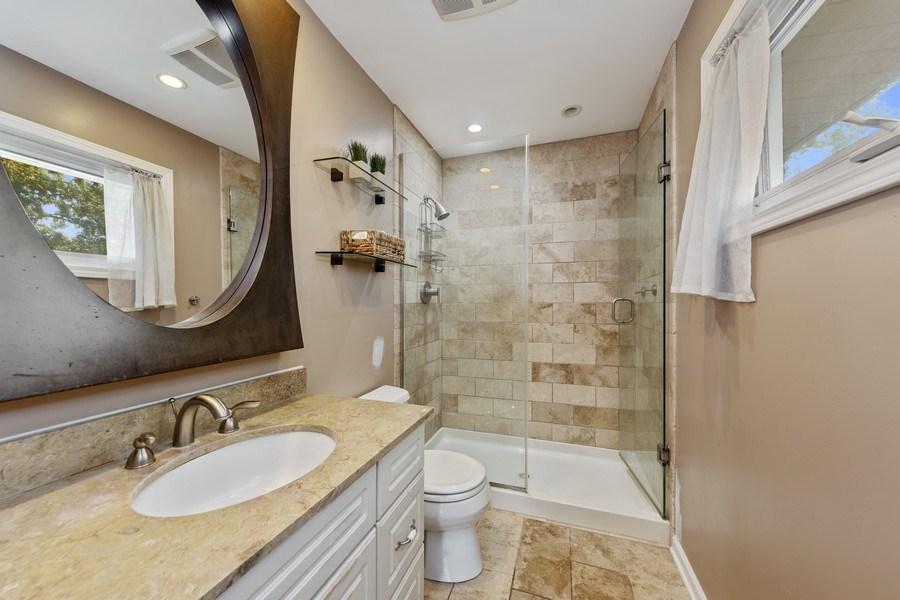 Real Estate Photography - 5124 Ellington, Western Springs, IL, 60558 - 3rd Bathroom
