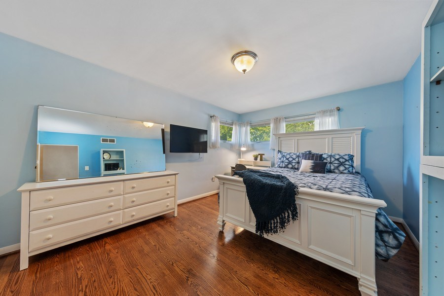 Real Estate Photography - 5124 Ellington, Western Springs, IL, 60558 - 4th Bedroom