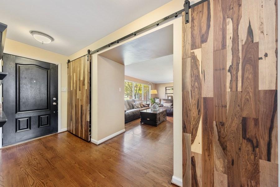 Real Estate Photography - 5124 Ellington, Western Springs, IL, 60558 - Foyer