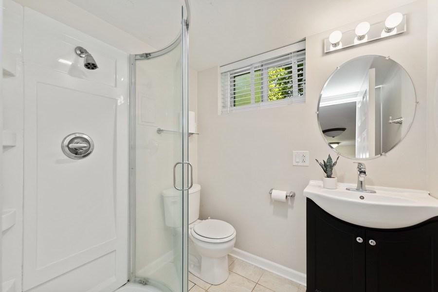 Real Estate Photography - 5124 Ellington, Western Springs, IL, 60558 - 2nd Bathroom