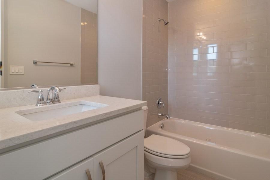Real Estate Photography - 204 Fairbank, Riverside, IL, 60546 - Bathroom
