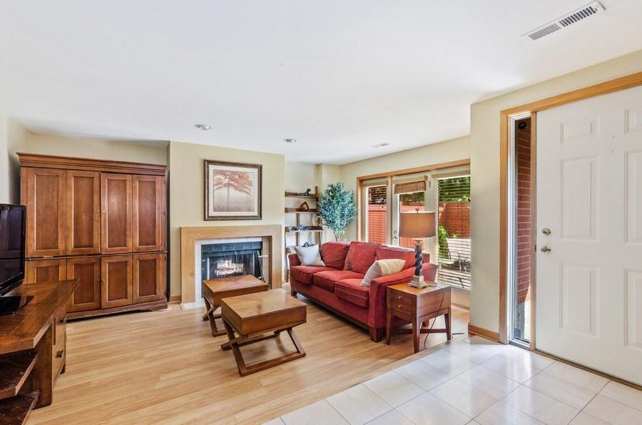 Real Estate Photography - 612 S. Laflin, Unit E, Chicago, IL, 60607 - Lower Level