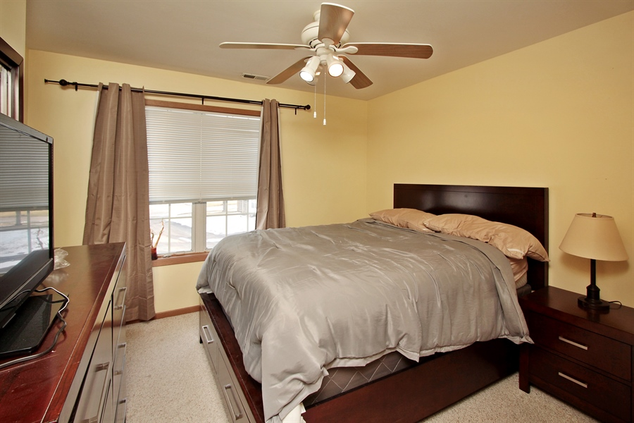 Real Estate Photography - 4484 Brighton Ct, Gurnee, IL, 60031 - 3rd Bedroom