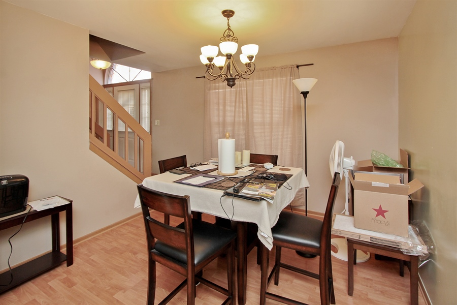 Real Estate Photography - 4484 Brighton Ct, Gurnee, IL, 60031 - Dining Room