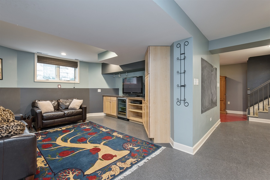 Real Estate Photography - 4512 N Damen, Chicago, IL, 60625 - Recreational Room