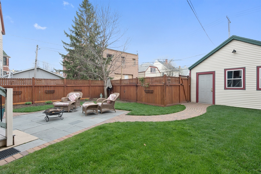 Real Estate Photography - 4512 N Damen, Chicago, IL, 60625 - Back Yard