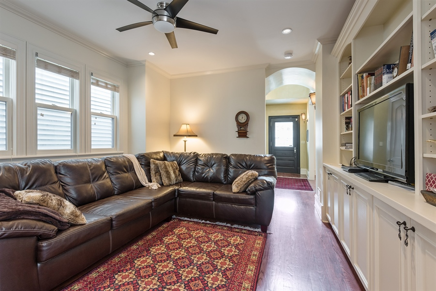 Real Estate Photography - 4512 N Damen, Chicago, IL, 60625 - Family Room
