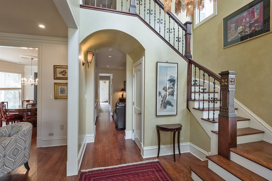 Real Estate Photography - 4512 N Damen, Chicago, IL, 60625 - Foyer