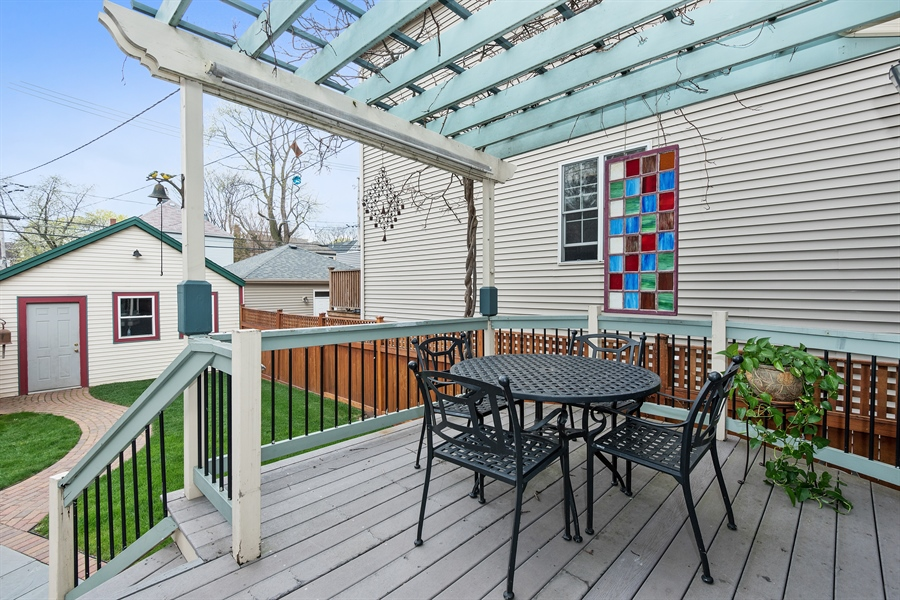 Real Estate Photography - 4512 N Damen, Chicago, IL, 60625 - Deck