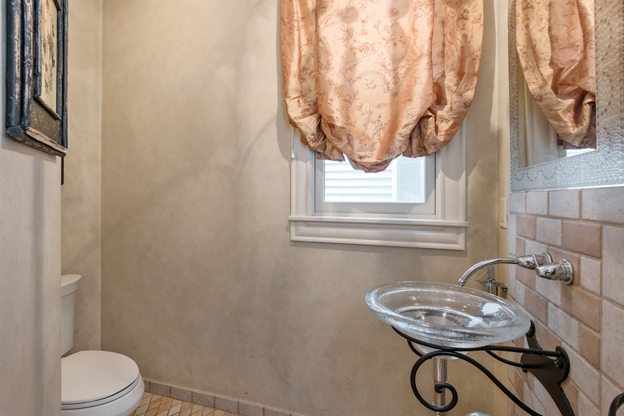 Real Estate Photography - 4512 N Damen, Chicago, IL, 60625 - Half Bath