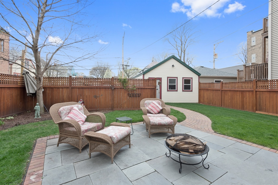 Real Estate Photography - 4512 N Damen, Chicago, IL, 60625 - Patio