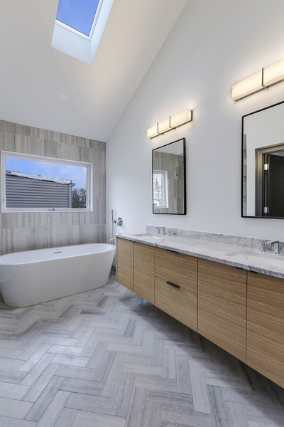 Real Estate Photography - 1702 W Farragut, Chicago, IL, 60640 - Master Bathroom