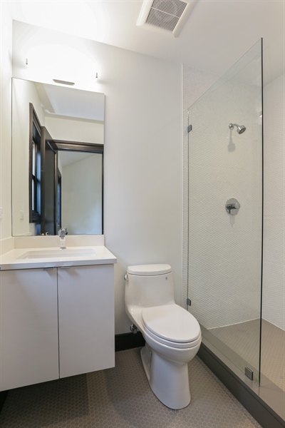Real Estate Photography - 1702 W Farragut, Chicago, IL, 60640 - 2nd Bathroom